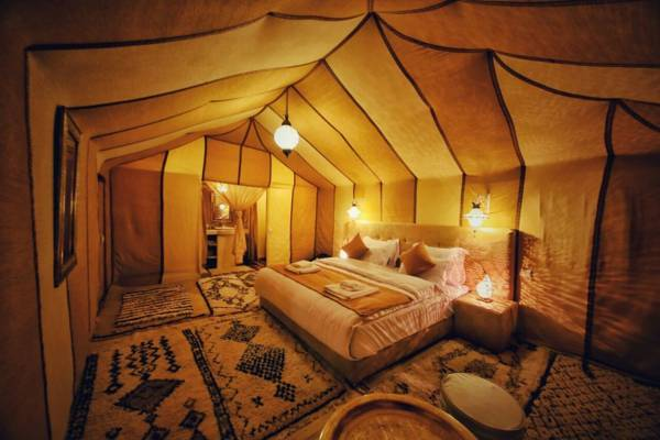 luxury morocco tour from marrakech to erg echabbi dunes